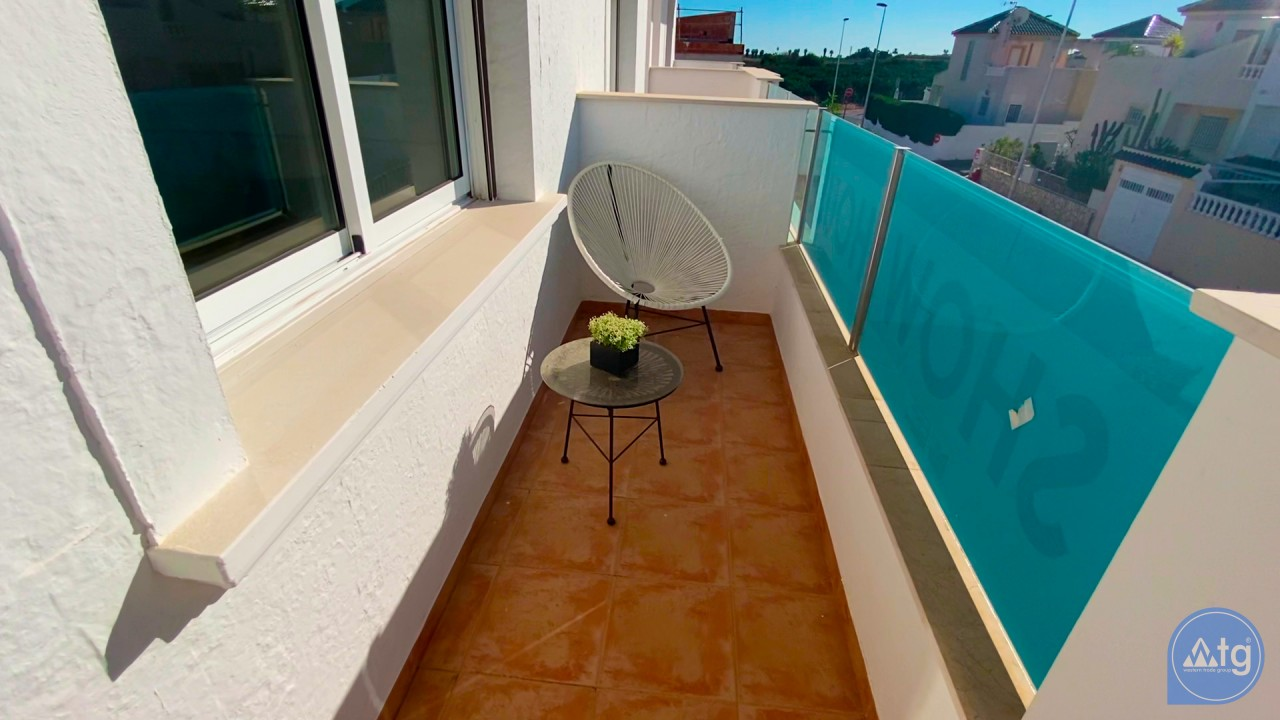 Appartement de 3 chambres à Torrevieja - ERF115835 - 48