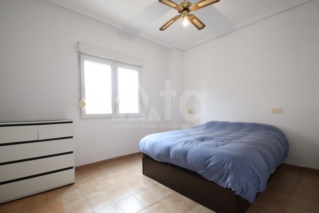 Bungalow de 3 chambres à Guardamar del Segura - CN114030 - 12