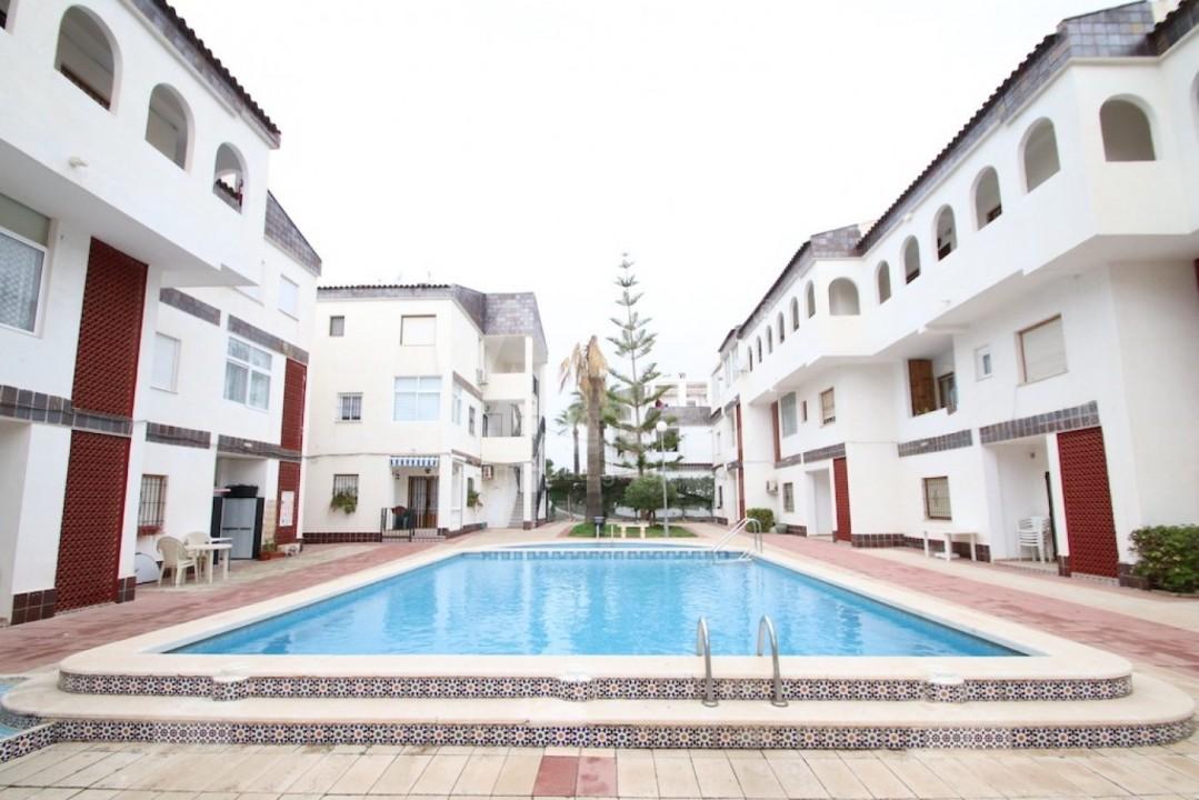 Bungalow de 3 chambres à Guardamar del Segura - CN114030 - 2