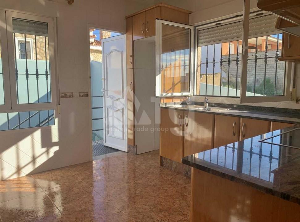 3 bedroom Apartment in Elche - US6930 - 5