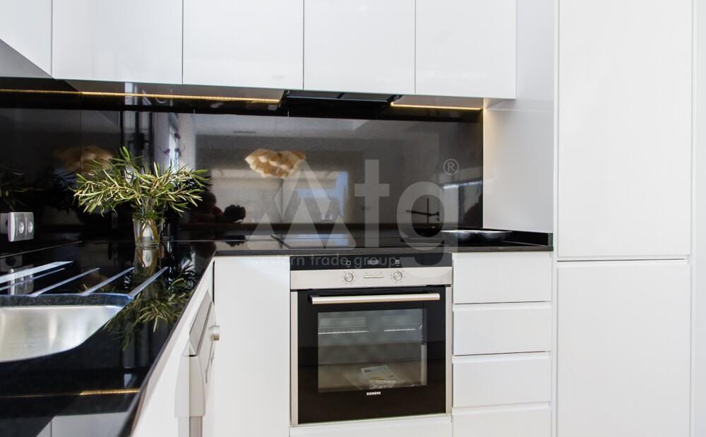 4 bedroom Apartment in Villamartin - MN6819 - 13