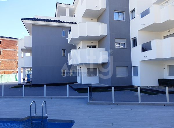 3 bedroom Apartment in Villamartin - GB7812 - 12