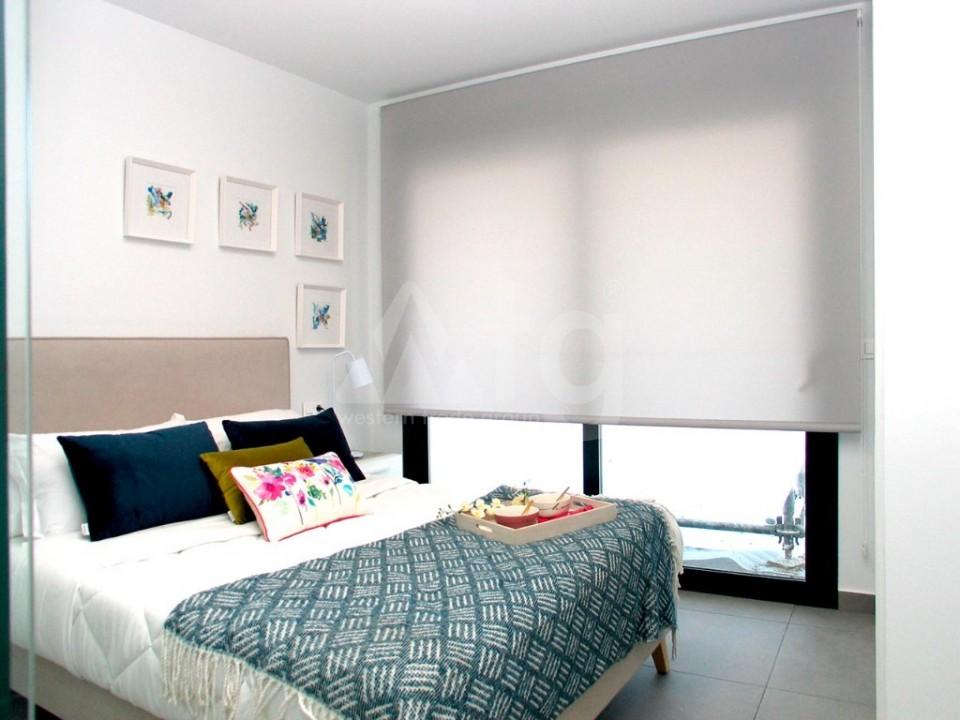 4 bedroom Villa in La Marina  - GV8051 - 12