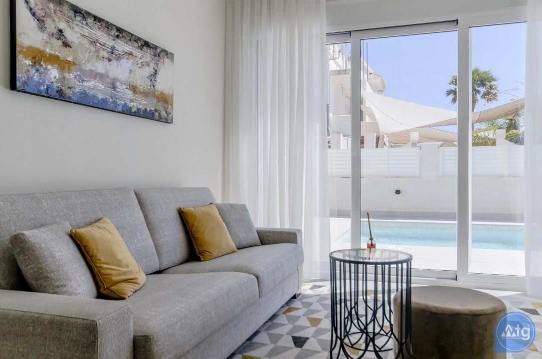 4 bedroom Villa in Torrevieja - IR6788 - 3