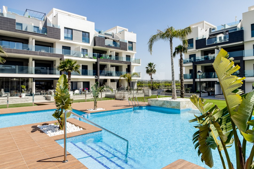 3 bedroom Townhouse in Torrevieja  - CC116302 - 1