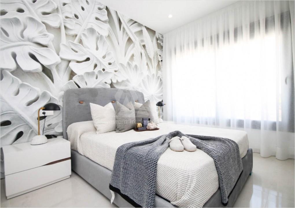 4 bedroom Villa in Dehesa de Campoamor  - AGI115621 - 11