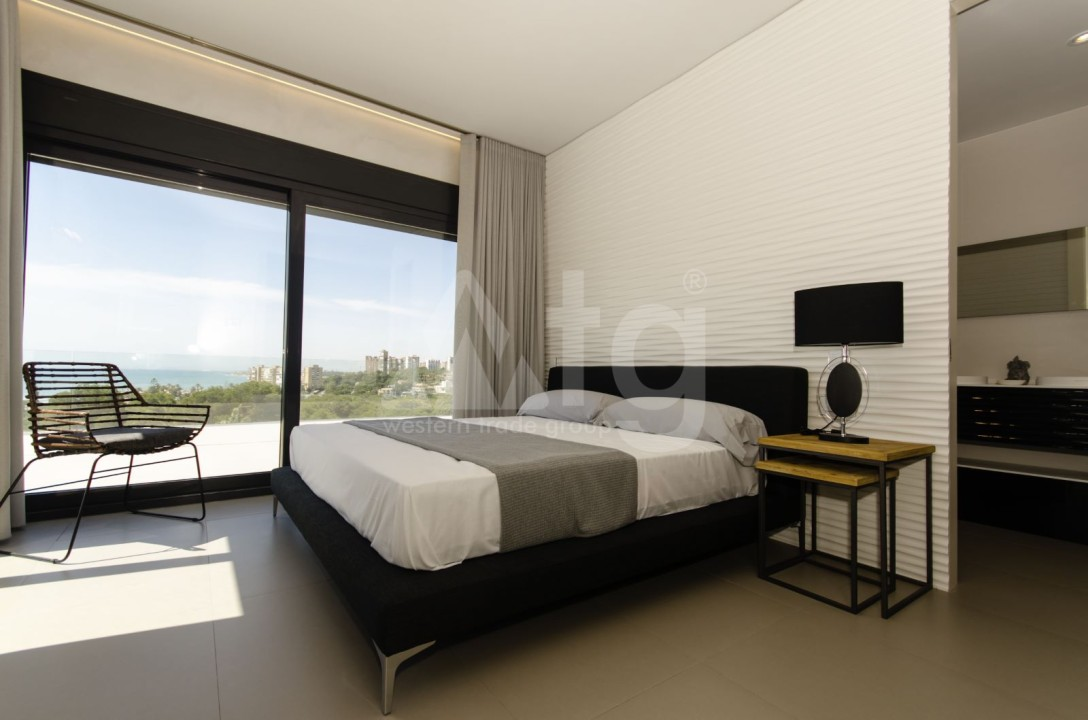 Appartement de 2 chambres à Torrevieja - TR7295 - 14