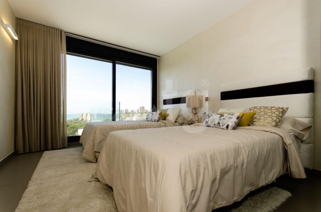 Appartement de 2 chambres à Torrevieja - TR7295 - 17