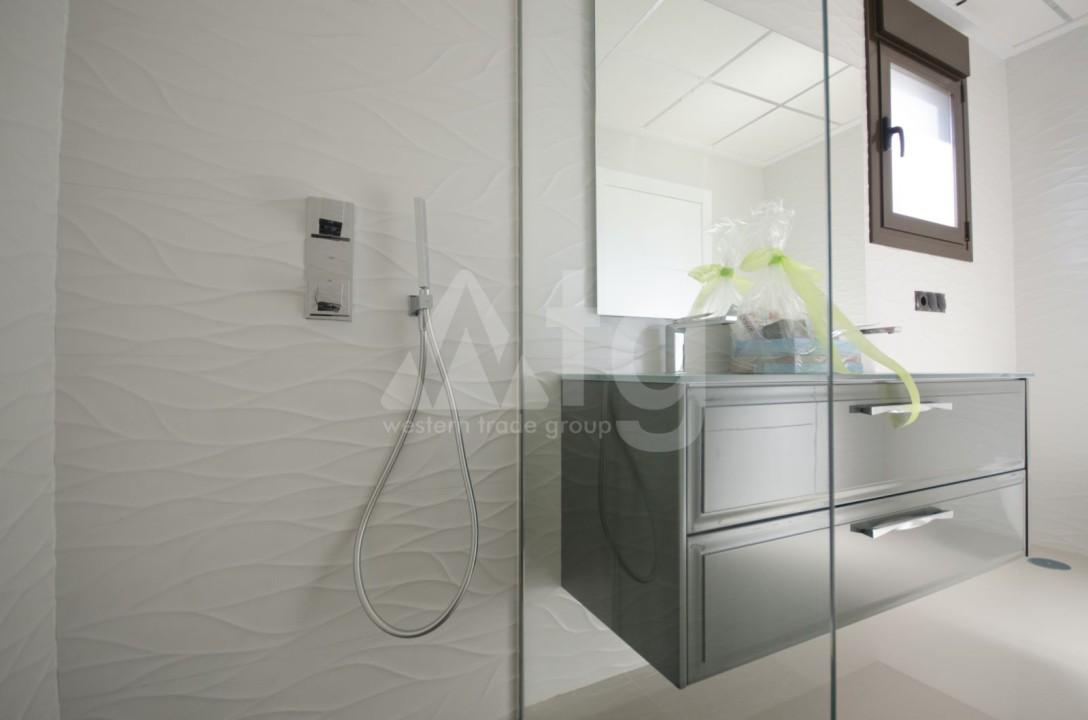 Appartement de 2 chambres à Torrevieja - TR7295 - 18