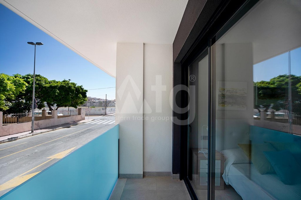 2 bedroom Apartment in La Manga - GRI7692 - 8