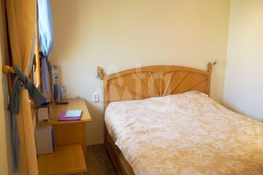 3 bedroom Apartment in Mil Palmeras  - TRI114774 - 10