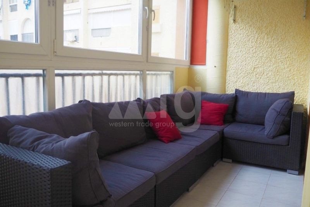 3 bedroom Apartment in Mil Palmeras  - TRI114774 - 9
