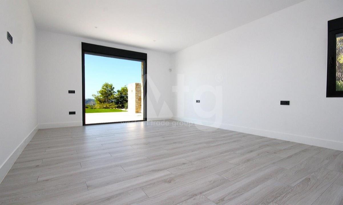 3 bedroom Apartment in Torrevieja  - ERF115829 - 11