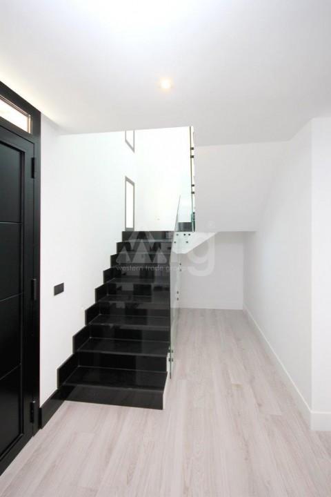3 bedroom Apartment in Torrevieja  - ERF115829 - 16