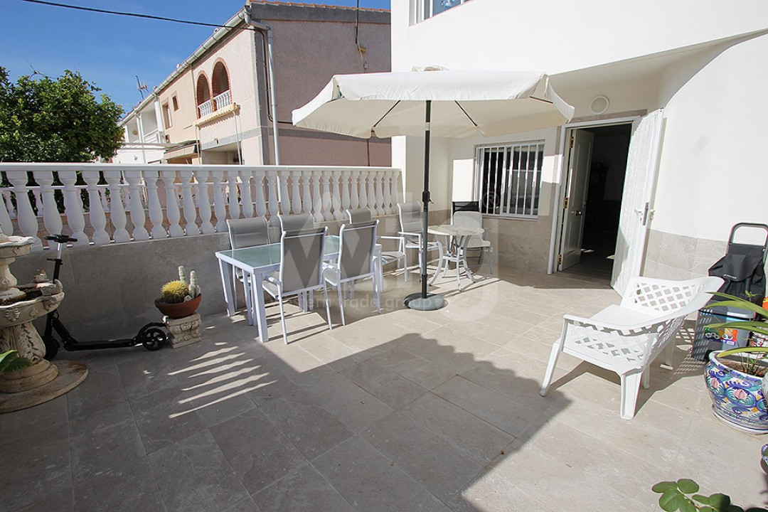 2 bedroom Apartment in Torrevieja  - TR114315 - 3