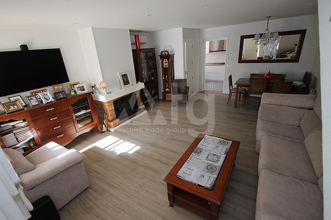 2 bedroom Apartment in Torrevieja  - TR114315 - 6