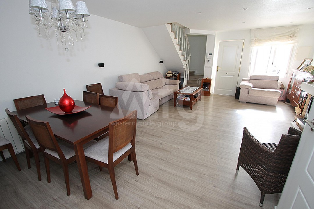 2 bedroom Apartment in Torrevieja  - TR114315 - 8