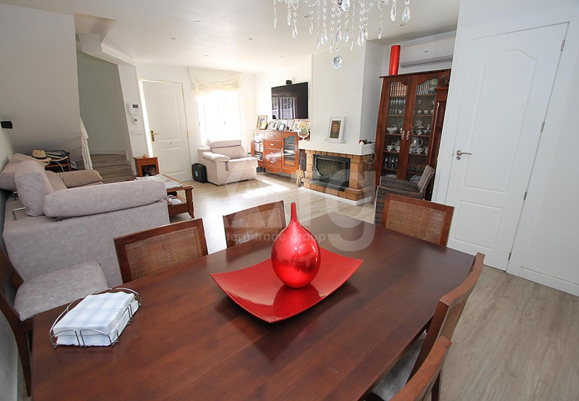 2 bedroom Apartment in Torrevieja  - TR114315 - 9