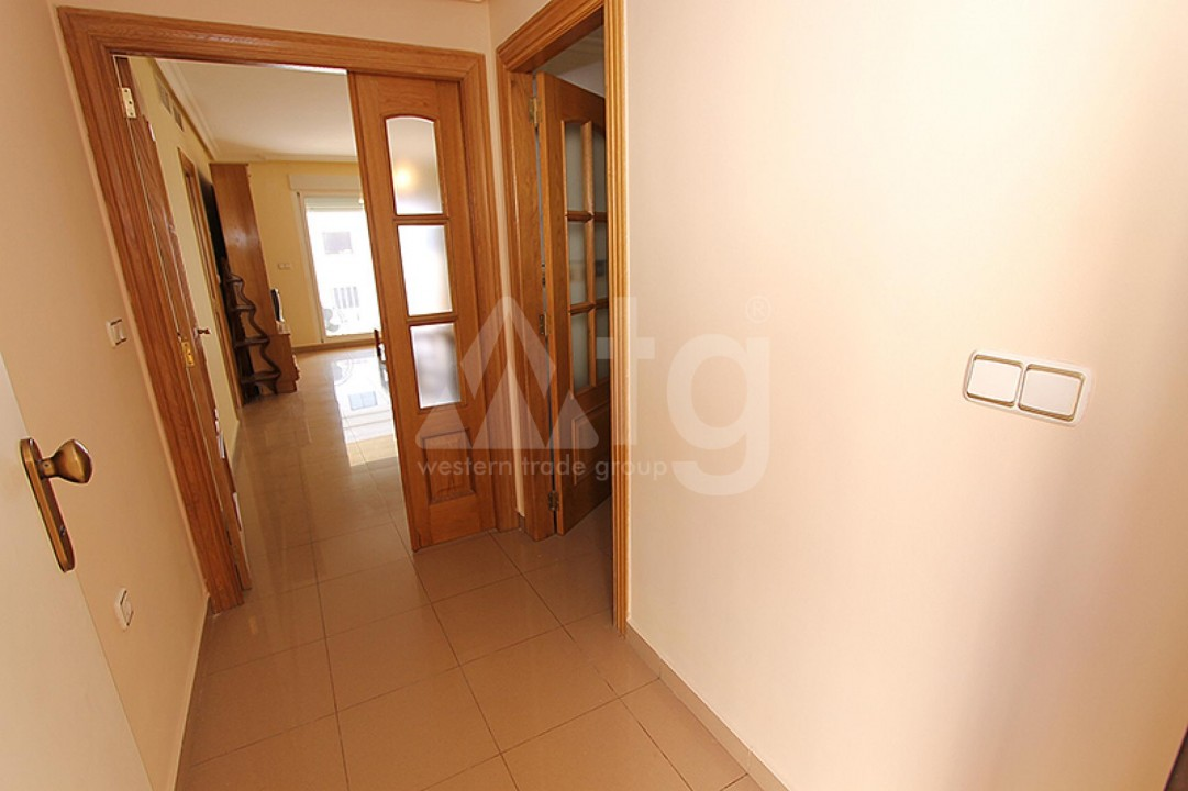 2 bedroom Apartment in Torrevieja  - TR114316 - 10