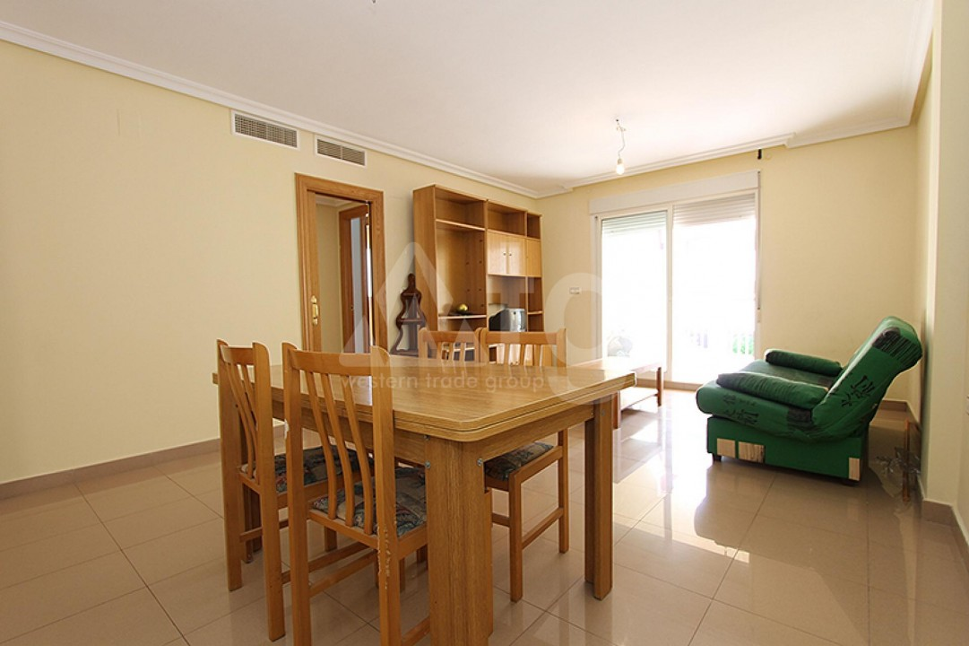 2 bedroom Apartment in Torrevieja  - TR114316 - 4