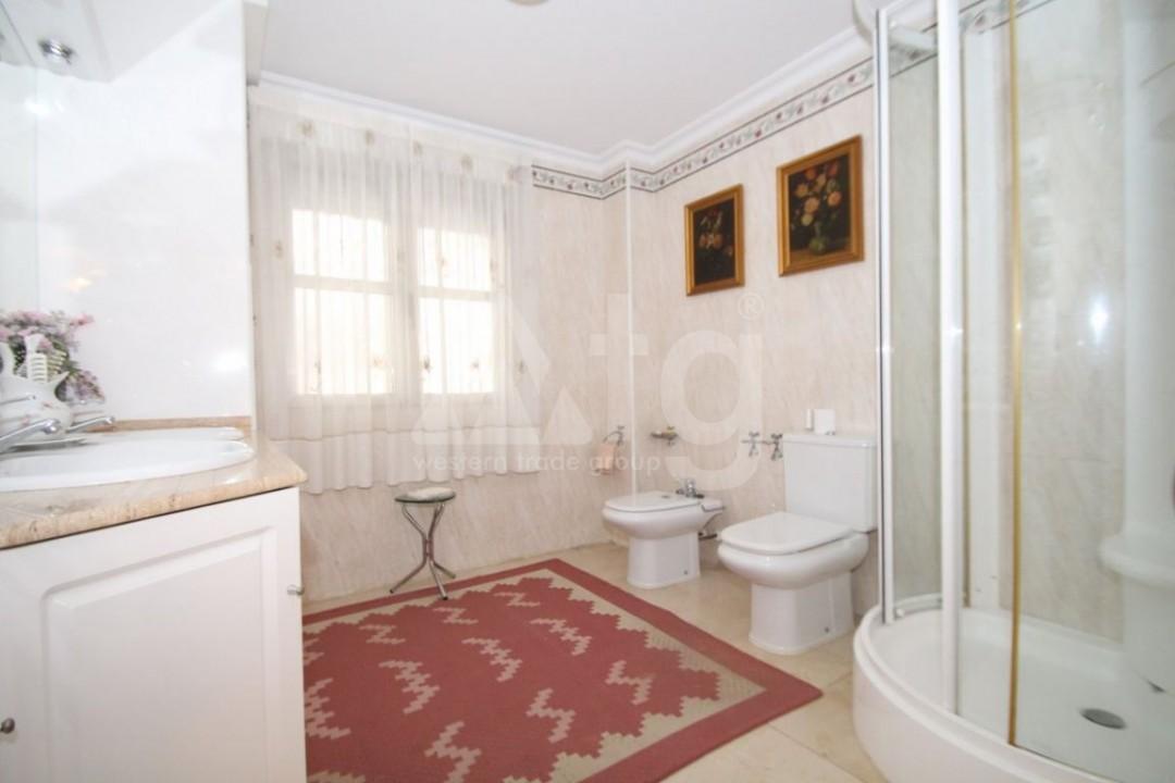 3 bedroom Penthouse in Villajoyosa - QUA8643 - 12