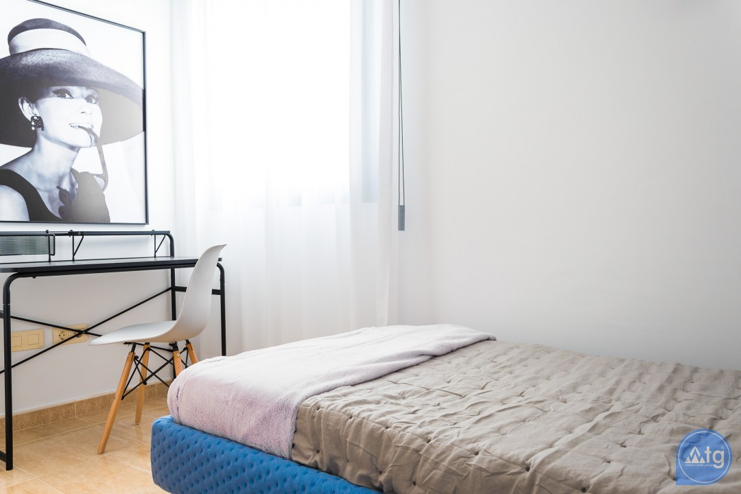 3 bedroom Apartment in Alicante  - IM8263 - 26