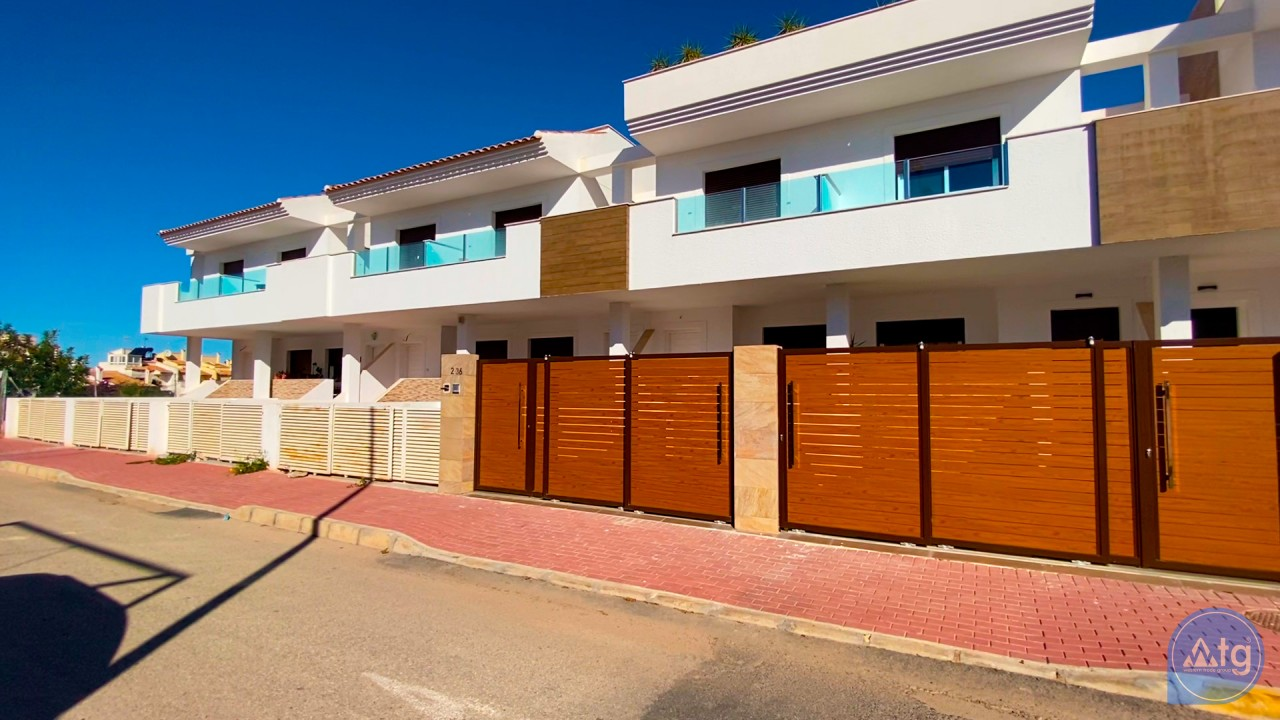 3 bedroom Apartment in Torrevieja  - ERF116290 - 2