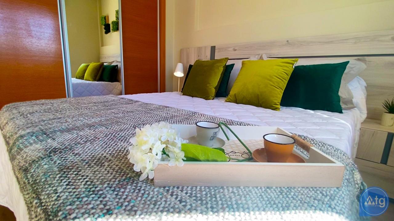 3 bedroom Apartment in Torrevieja  - ERF116290 - 24