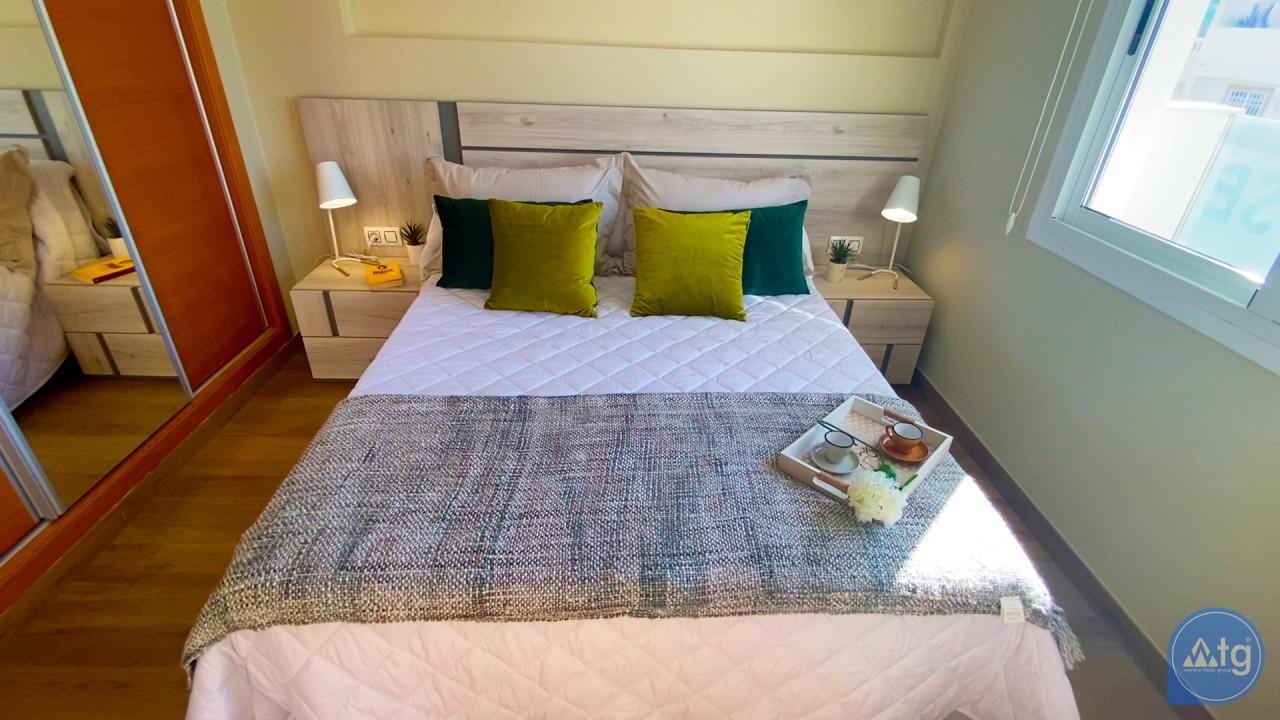 3 bedroom Apartment in Torrevieja  - ERF116290 - 25