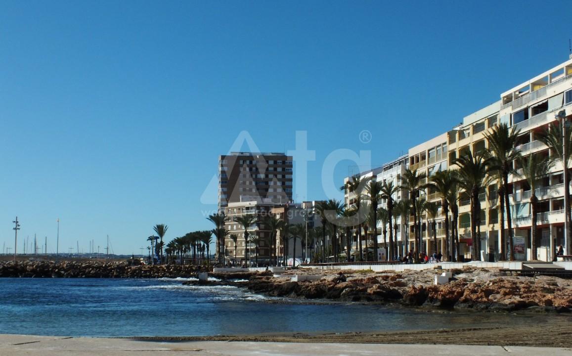 2 bedroom Apartment in Torrevieja  - AGI6072 - 2
