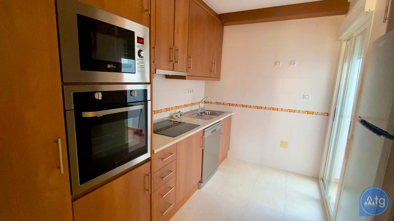 3 bedroom Apartment in Torrevieja  - ERF115835 - 35