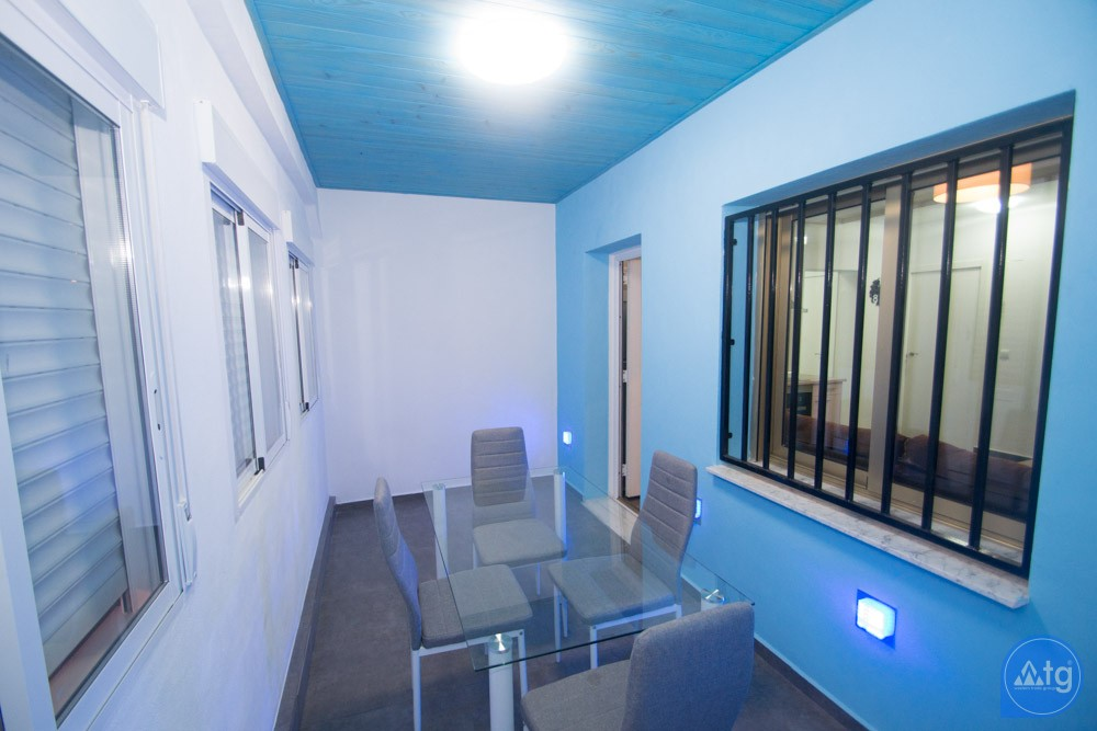 3 bedroom Townhouse in Torrevieja - AG9556 - 1