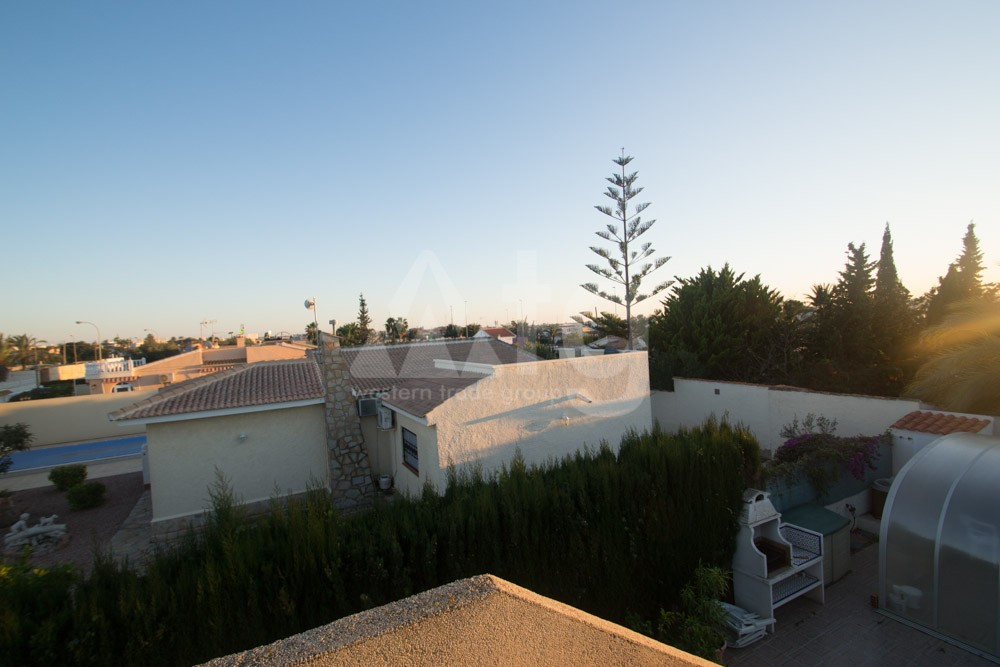 3 bedroom Townhouse in Torrevieja  - AG2993 - 14