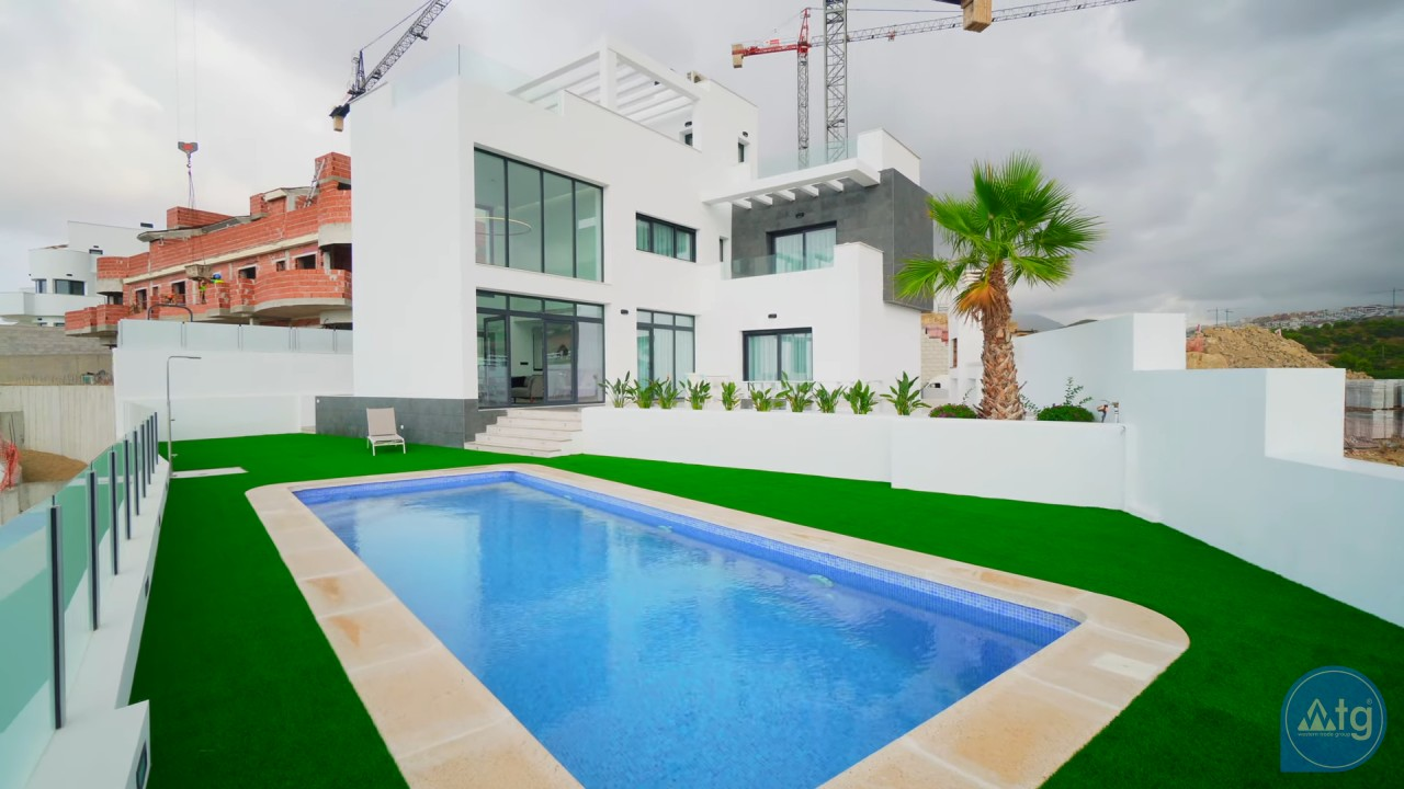 3 bedroom Townhouse in Torrevieja - AG4276 - 1