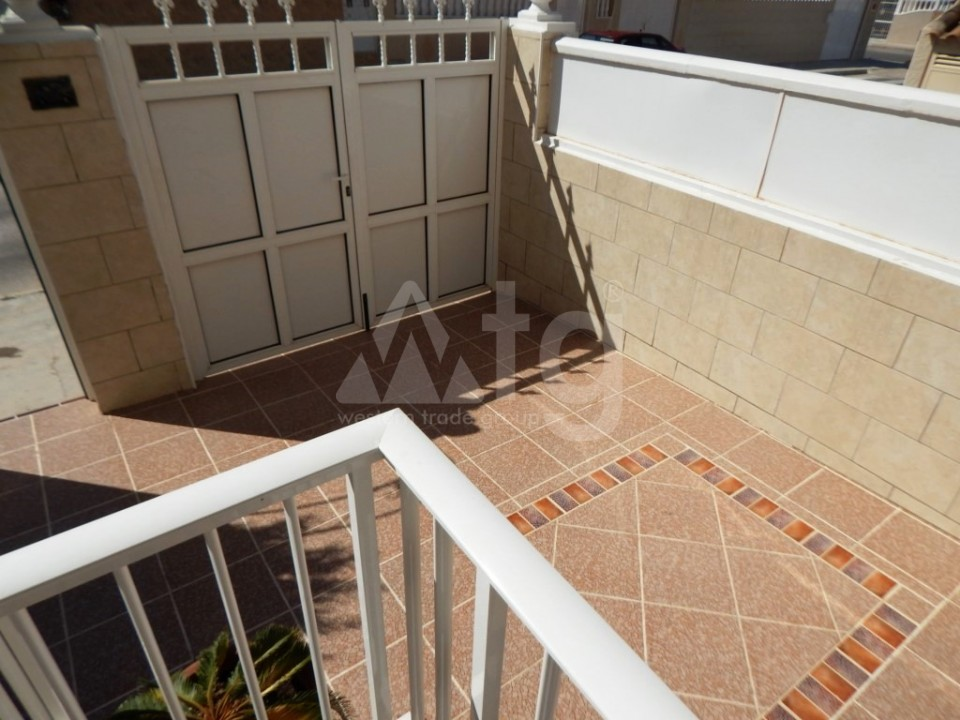 3 bedroom Townhouse in Torrevieja - AG9467 - 12