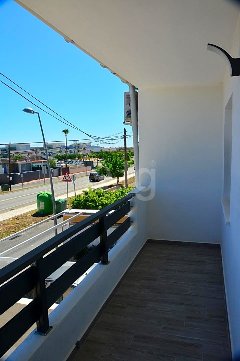 3 bedroom Townhouse in Torrevieja  - ARCR0502 - 23