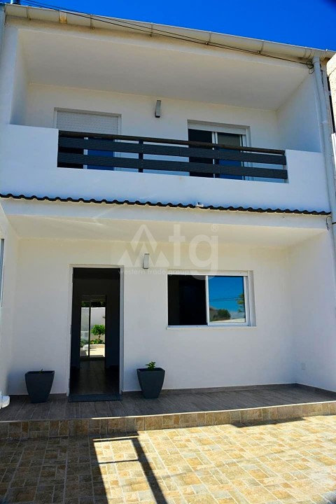 3 bedroom Townhouse in Torrevieja  - ARCR0502 - 28