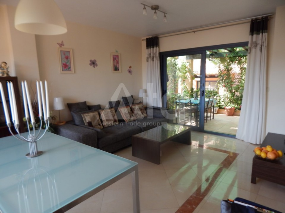 4 bedroom Townhouse in Villamartin  - AG9237 - 16
