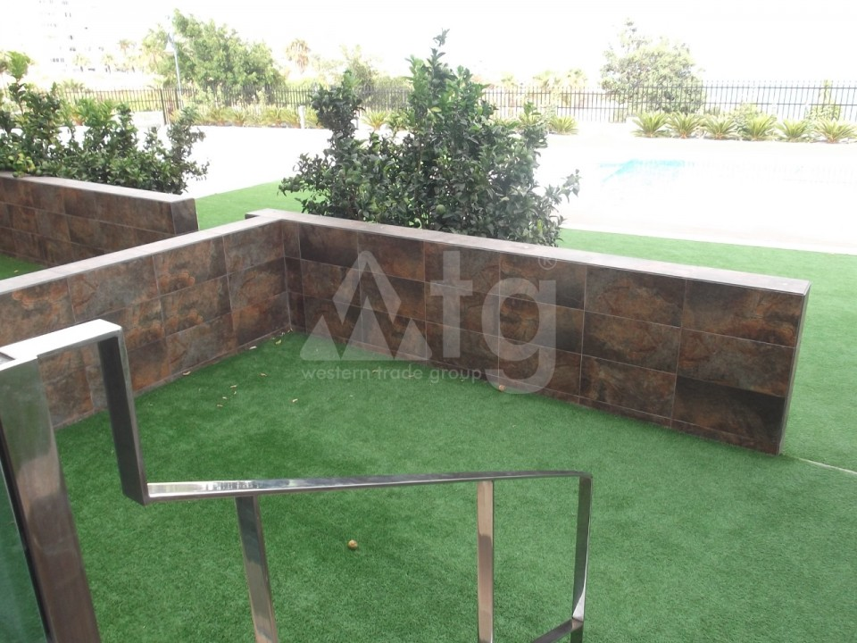 4 bedroom Townhouse in Villamartin  - AG9237 - 6