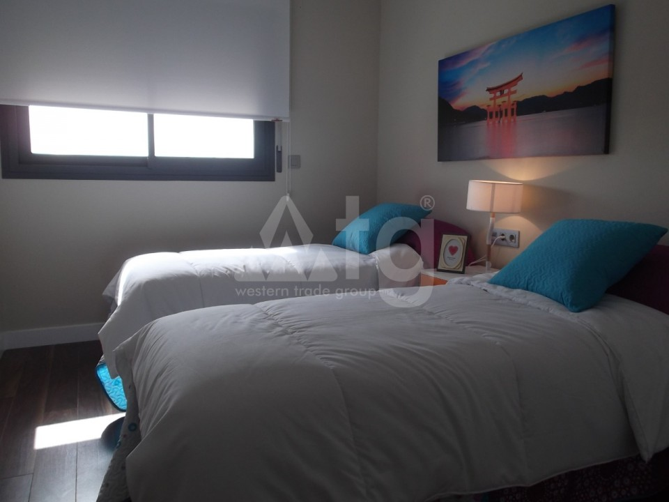 4 bedroom Townhouse in Villamartin  - AG9237 - 7