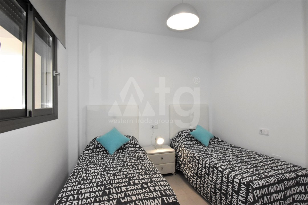 Villa de 3 chambres à Los Alcázares - DS118090 - 12