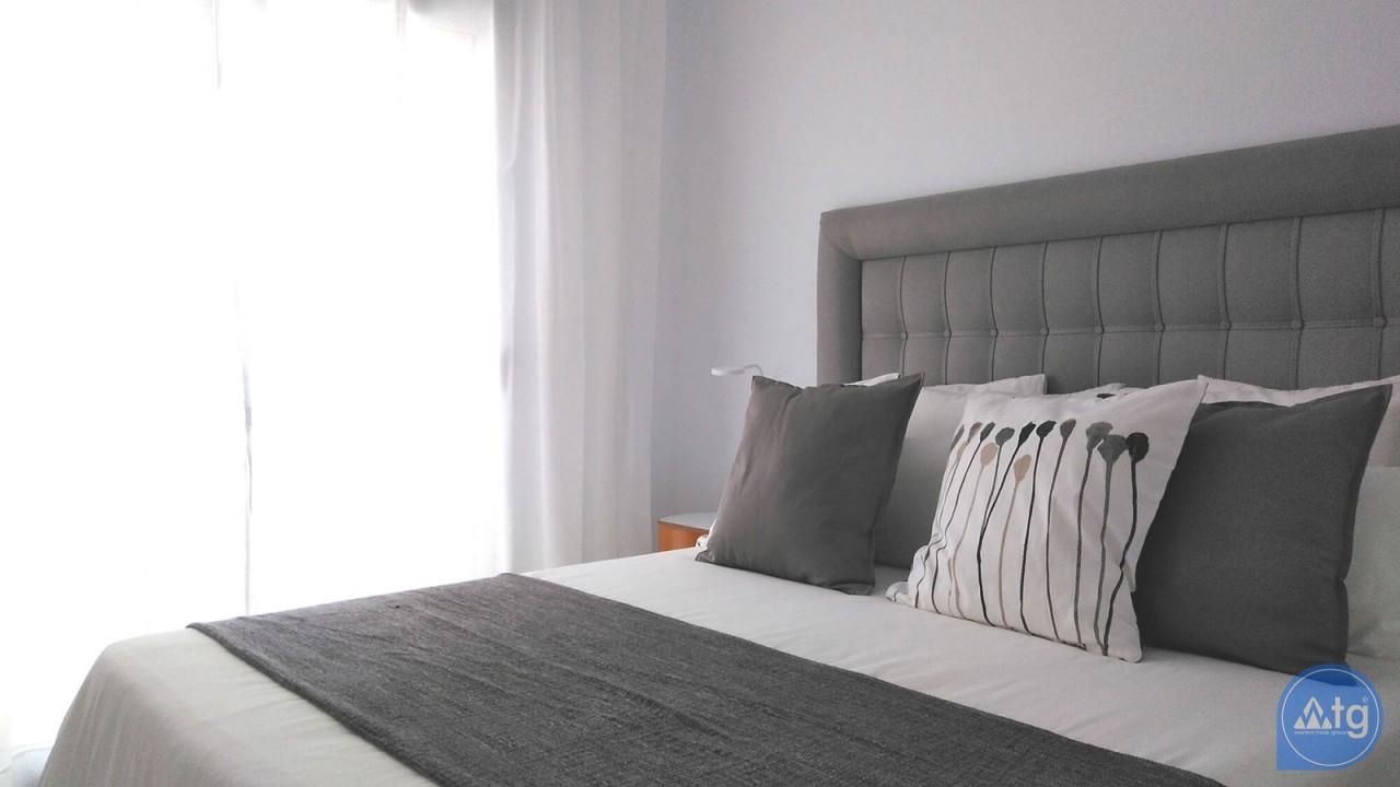 Villa de 3 chambres à Torrevieja - VR6701 - 13