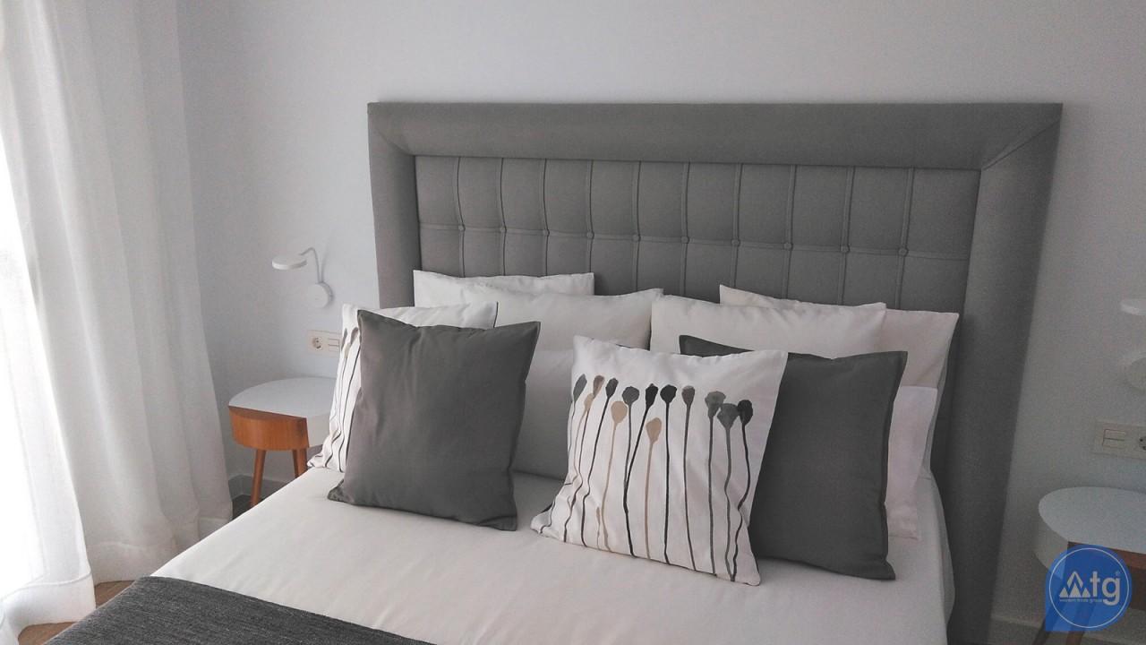 Villa de 3 chambres à Torrevieja - VR6701 - 14