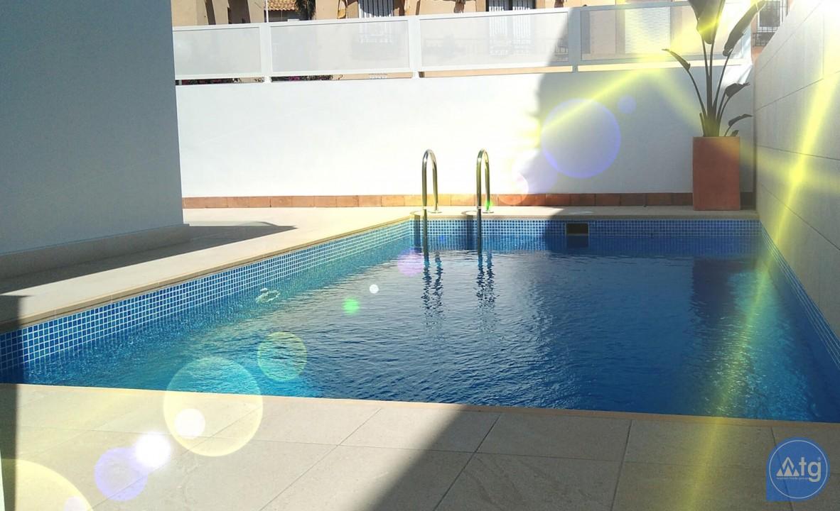 Villa de 3 chambres à Torrevieja - VR6701 - 16
