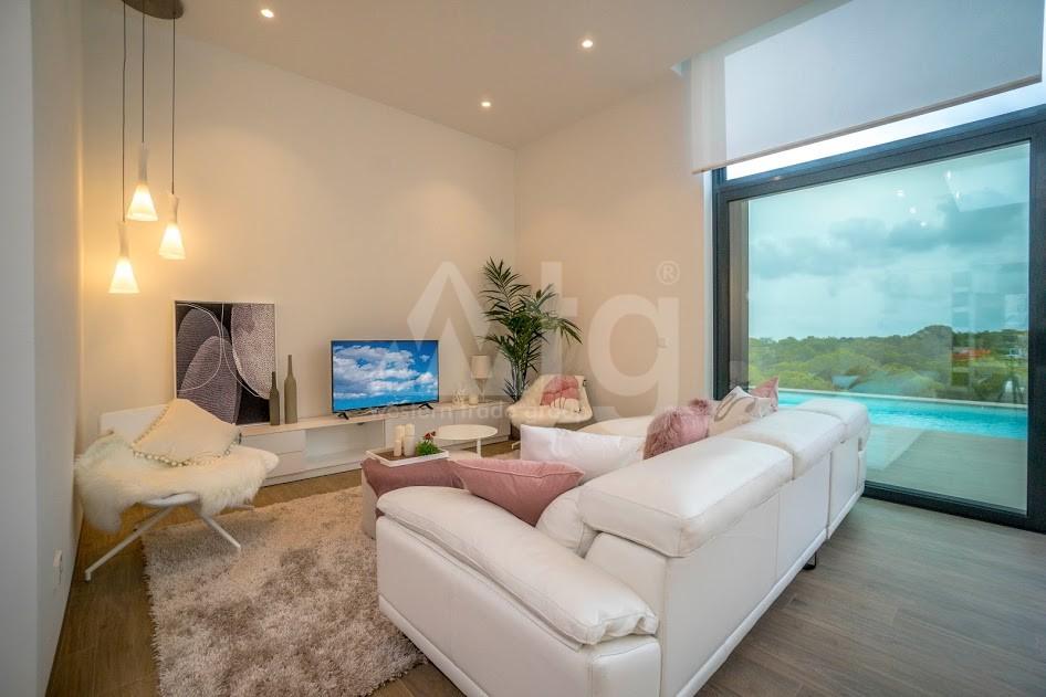 Villa de 3 chambres à Pinar de Campoverde - TRX116466 - 27