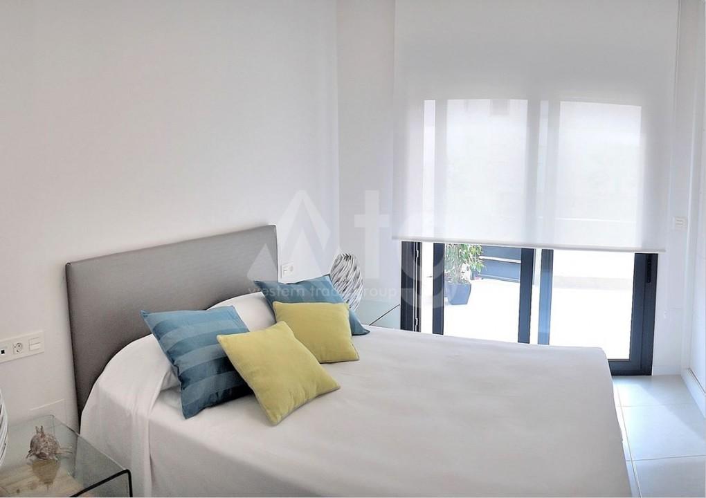 5 bedroom Villa in Ciudad Quesada  - AT7262 - 10