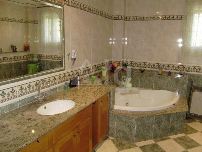4 bedroom Villa in Los Montesinos - GEO8336 - 16