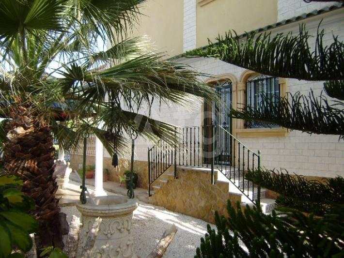 4 bedroom Villa in Los Montesinos - GEO8336 - 8