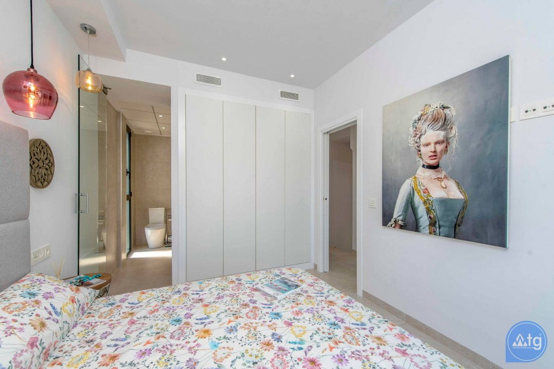 3 bedroom Villa in Orihuela Costa - HH6409 - 16