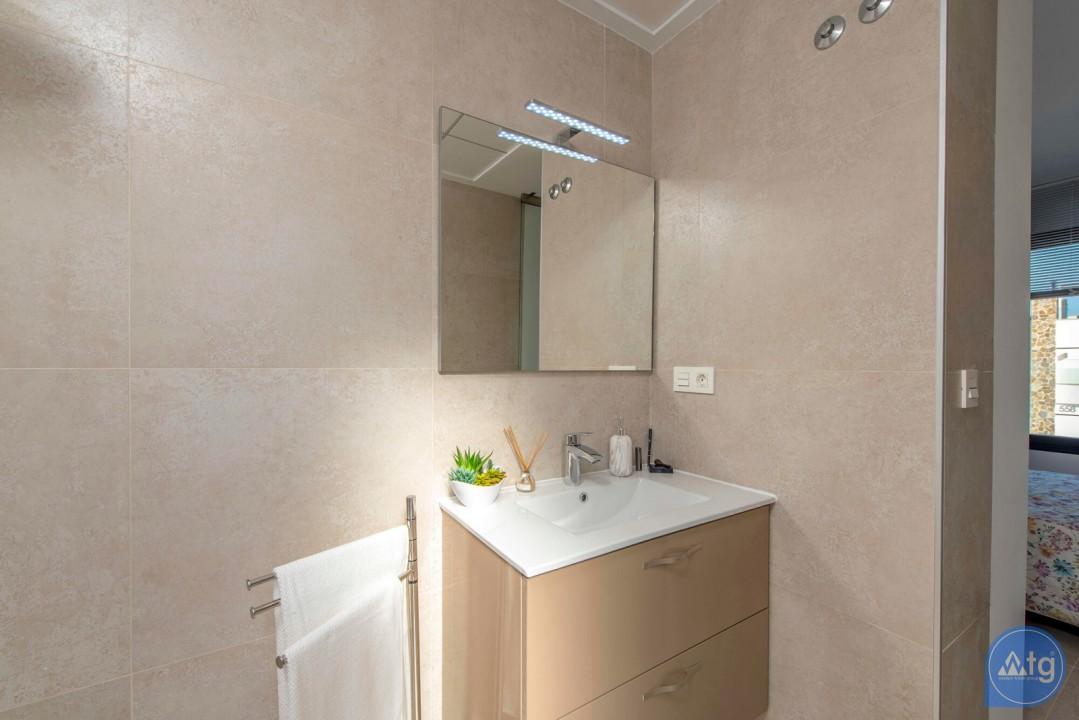3 bedroom Villa in Orihuela Costa - HH6409 - 24
